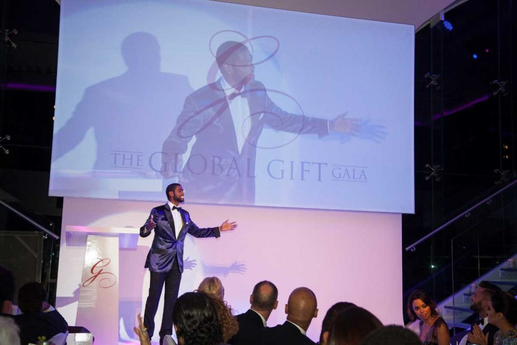 the-global-gift-gala-dubai-2013-38