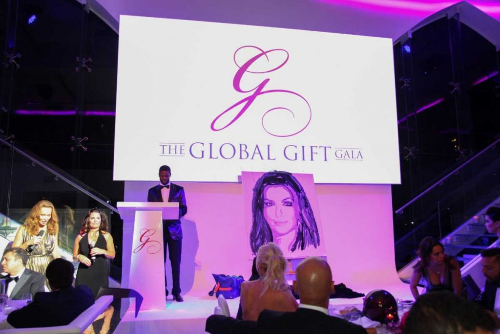 the-global-gift-gala-dubai-2013-54