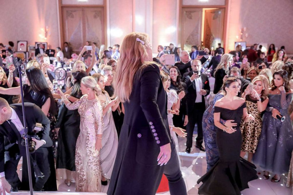 the-global-gift-gala-dubai-2016-40