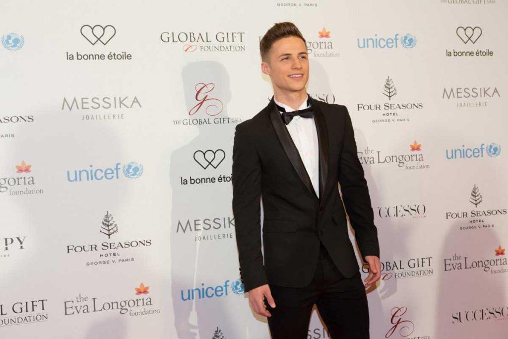the-global-gift-gala-paris-2016-11