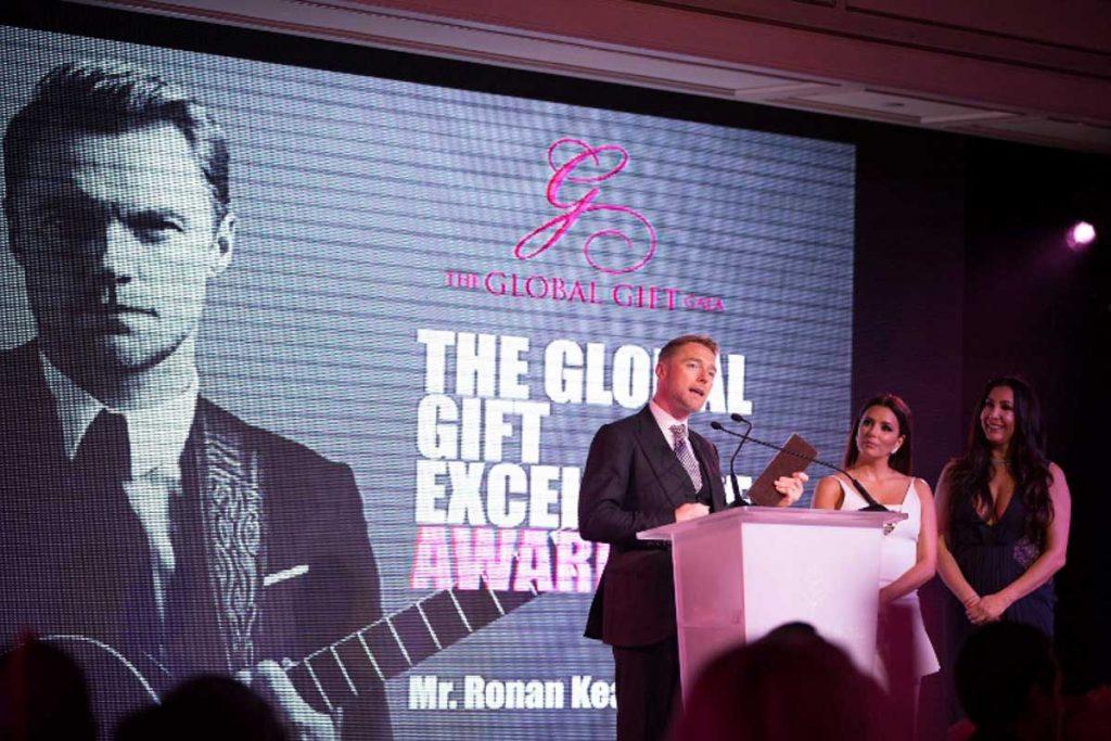 the-global-gift-gala-paris-2016-40