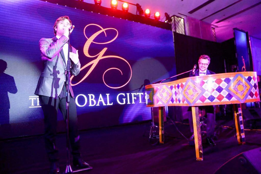 the-global-gift-gala-mexico-2014-24