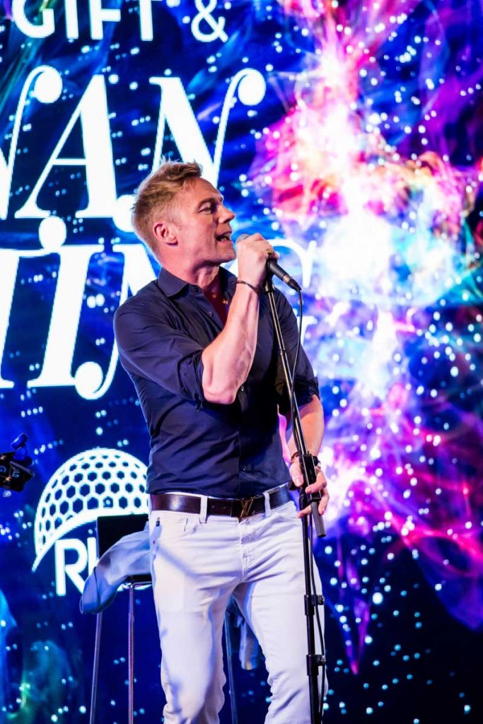 global-gift-and-ronan-keating-2019-48